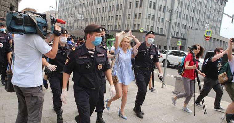МИД РФ ответил на заявление посольства США об аресте Сафронова