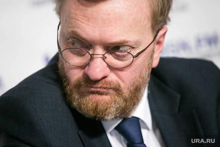 Милонов предложил отменить 23 февраля