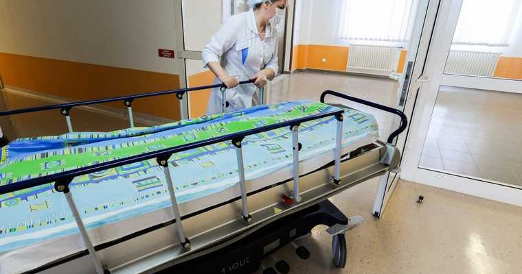 В челябинской больнице экстренно закрыли реанимацию. У сотрудника подтвержден коронавирус