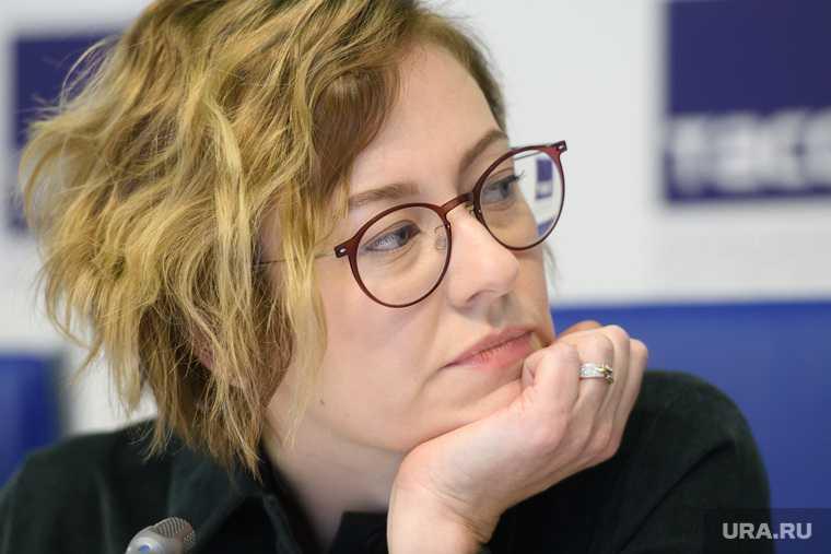скандал Алиса Прудникова уральское биеннале NEMOSKVA