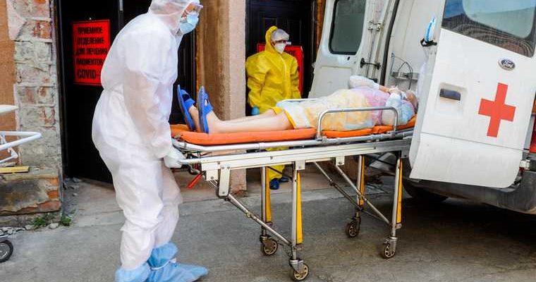 Названы болезни, которые повышают риск смертности от коронавируса