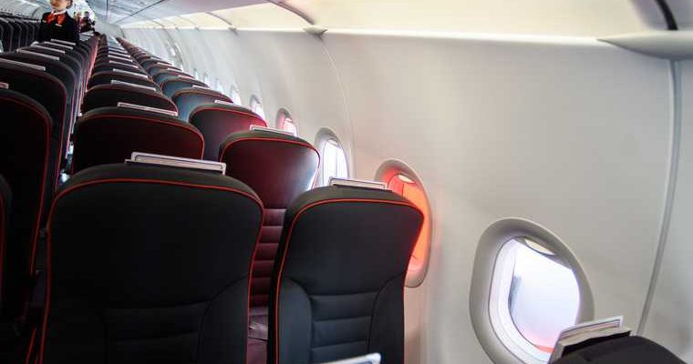 Путешественник раскрыл, почему нельзя спать в самолете при взлете