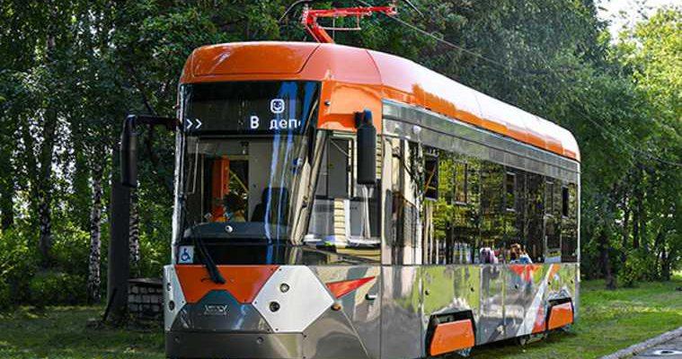 В свердловском городе мэр оценил трамвай, как в Европе. Купит еще три
