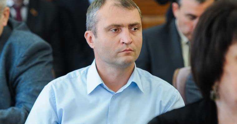 Челябинского единоросса хотят снять с выборов за иск в 94 млн