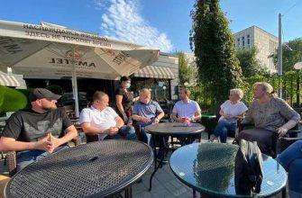 губернатор Шумков встреча кафе Андрей Попатов