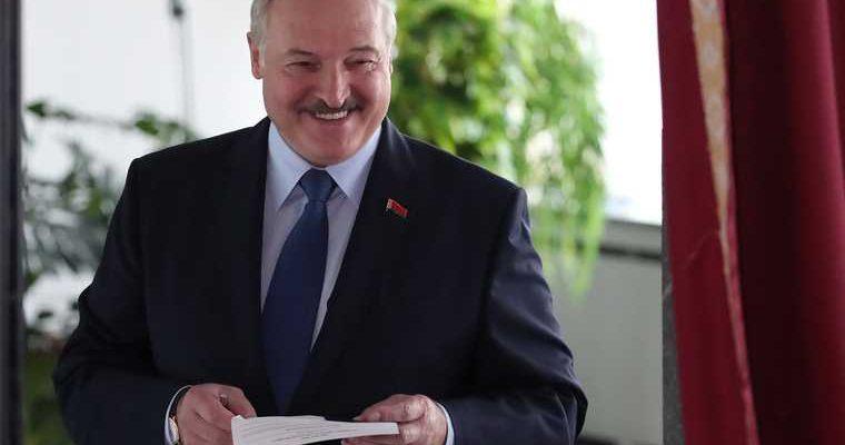 Лукашенко приказал применить «самые жесткие меры» против врагов