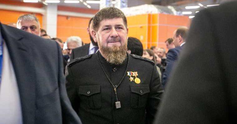 Кадыров отреагировал на пытки чеченца бутылкой. «Это неприлично»