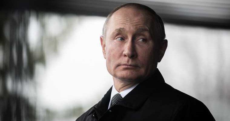 Путин поддержал идею провести реформу Конституции в Беларуси