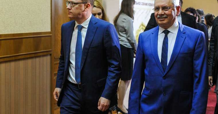 Судьбу челябинского парламента решат назакрытой встрече