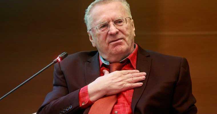 Жириновский предложил сжечь тело Ленина