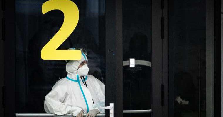 РАН: повторное заражение коронавирусом протекает хуже первого. Под ударом — не только легкие
