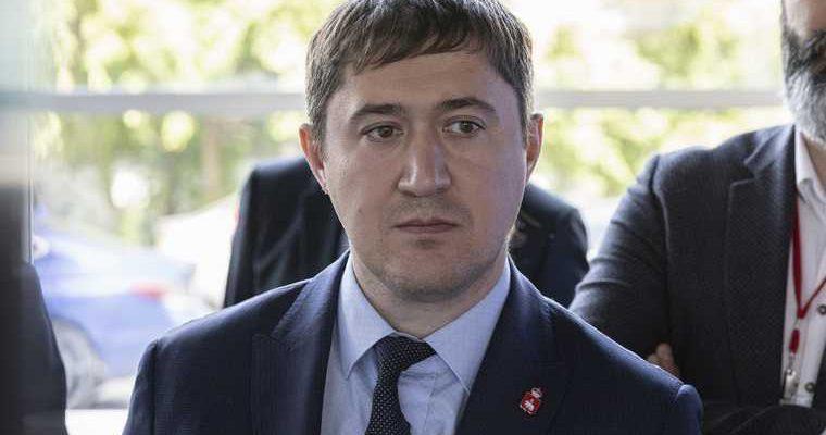 В Перми формируют список приближенных к губернатору. В него войдут 200 человек