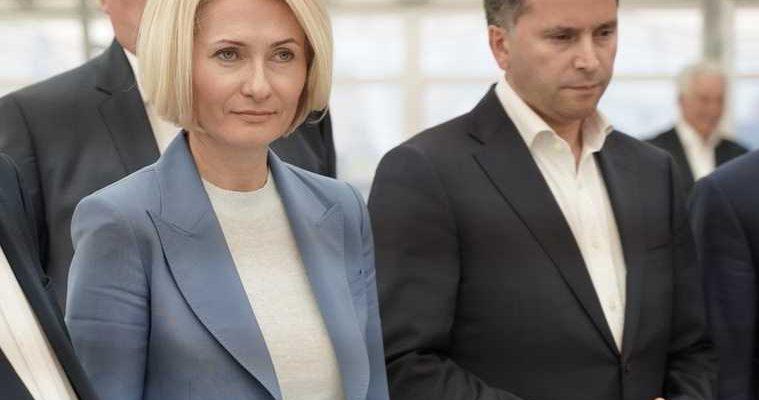 Вице-премьер саботирует поручение Путина из-за войны сКобылкиным