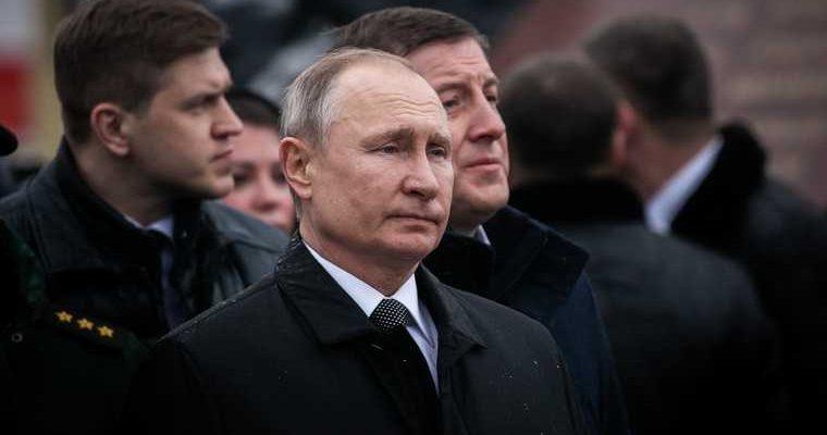 До конца года президент Путин прилетит в УрФО. Он проверит исполнение своего поручения