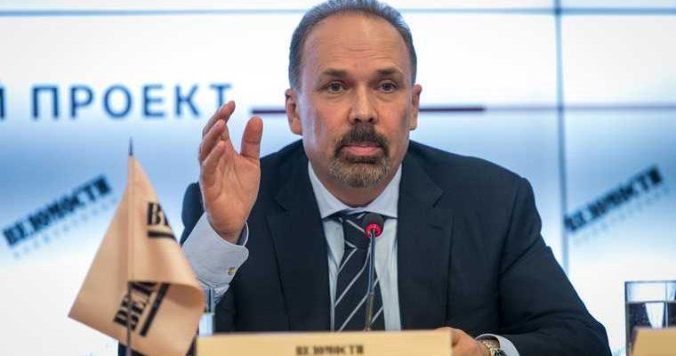 Экс-глава Минстроя РФ Мень отреагировал на обвинения в хищениях