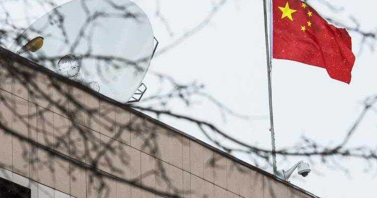 Китай ввел карантин на границе с Россией из-за коронавируса