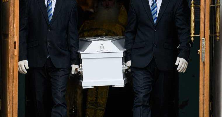 Названа цена элитных похорон в России. Гроб Swarovski за три млн. ФОТО
