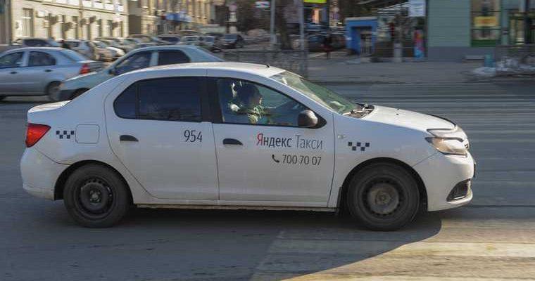 Пьяный челябинец угнал такси и катался по городу