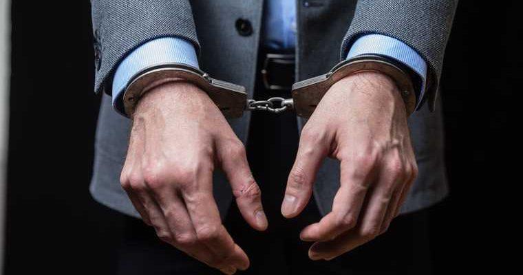 В ХМАО экс-чиновники отправятся под суд за взятки. Скандал стоил карьеры вице-губернатору