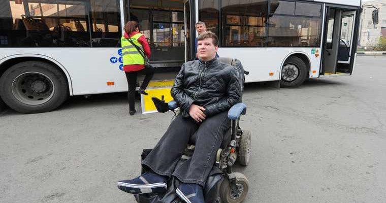 Челябинский депутат обиделся и подал в отставку. Избиратели жертвуют ему слишком мало денег