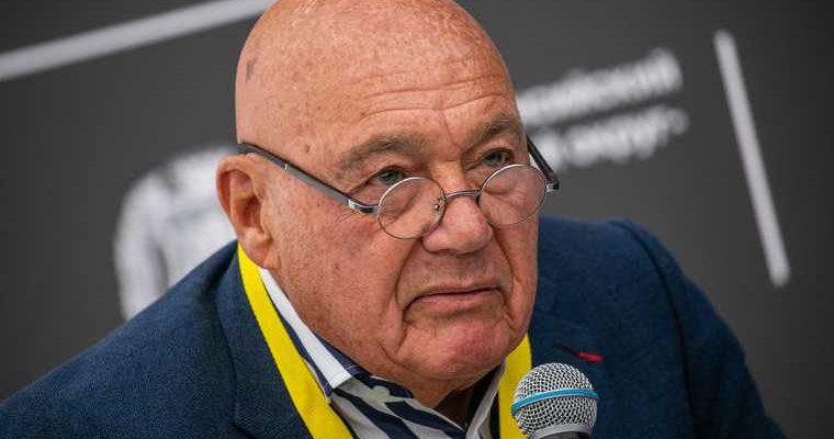 Познер рассказал о зависти и неграмотности многих россиян
