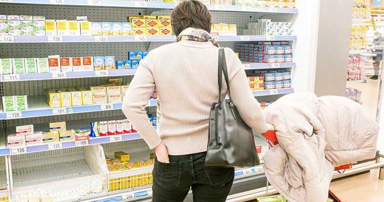 Правительству РФ разрешили регулировать цены на продукты