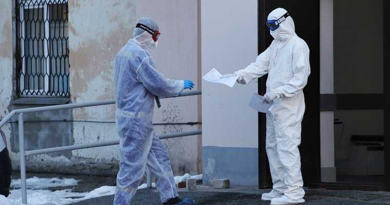 Распространение коронавируса в РФ снизилось до летних показателей