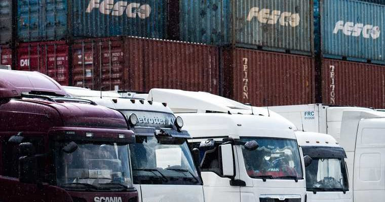 Транспортные компании Екатеринбурга уличили в нарушении карантина