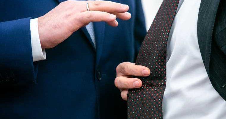 В ХМАО началась борьба за ключевой пост в правительстве