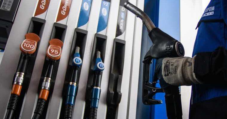 В Shell объяснили, как выявить недолив бензина на АЗС