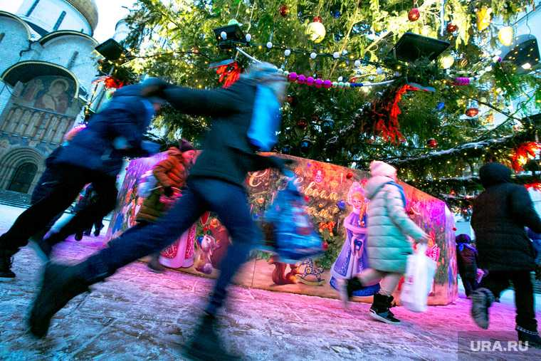 утренник елка Свердловская область Качканар коронавирус детский сад