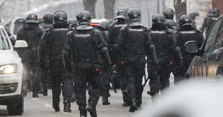 Пресс-секретаря Навального отправили под домашний арест