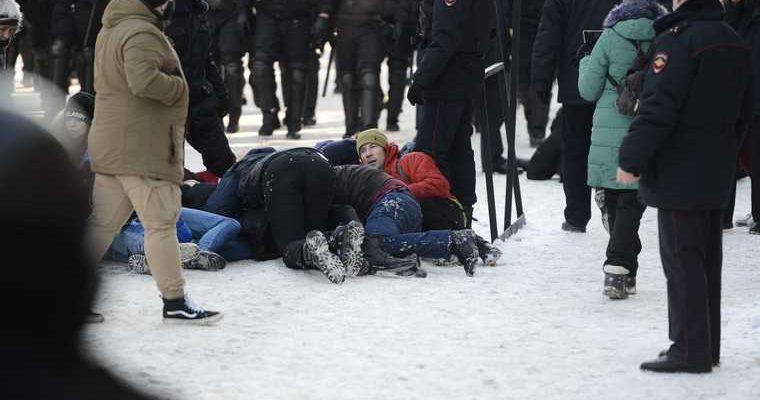 В Челябинске назвали число задержанных в ходе незаконной акции