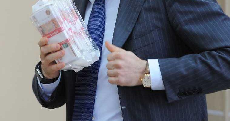 Власти РФ меняют Трудовой кодекс из-за коррупции чиновников