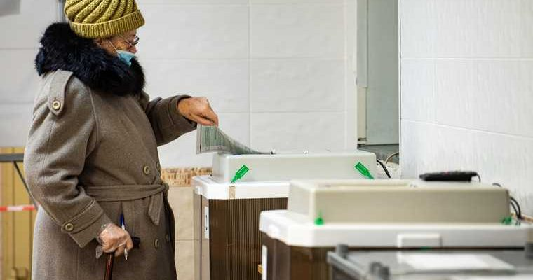Жириновский роспуск Госдума