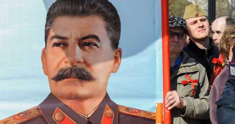 Невзоров раскрыл детали вывоза Сталина из Мавзолея
