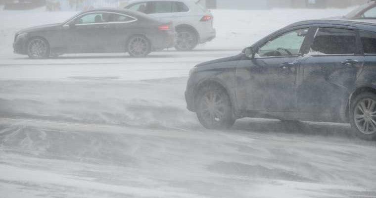 В Челябинской области вновь закрыли движение на дорогах. Исключения