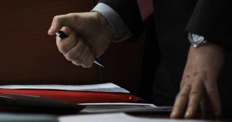 В ЯНАО коммунальщики подделывали подписи жителей